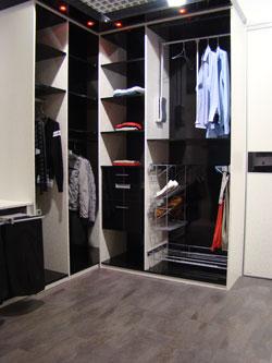dressing in cosi. Black Bedroom Furniture Sets. Home Design Ideas